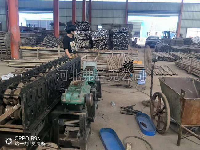 南昌龙头企业   怡坤公司培训客户  圆管压方机  二